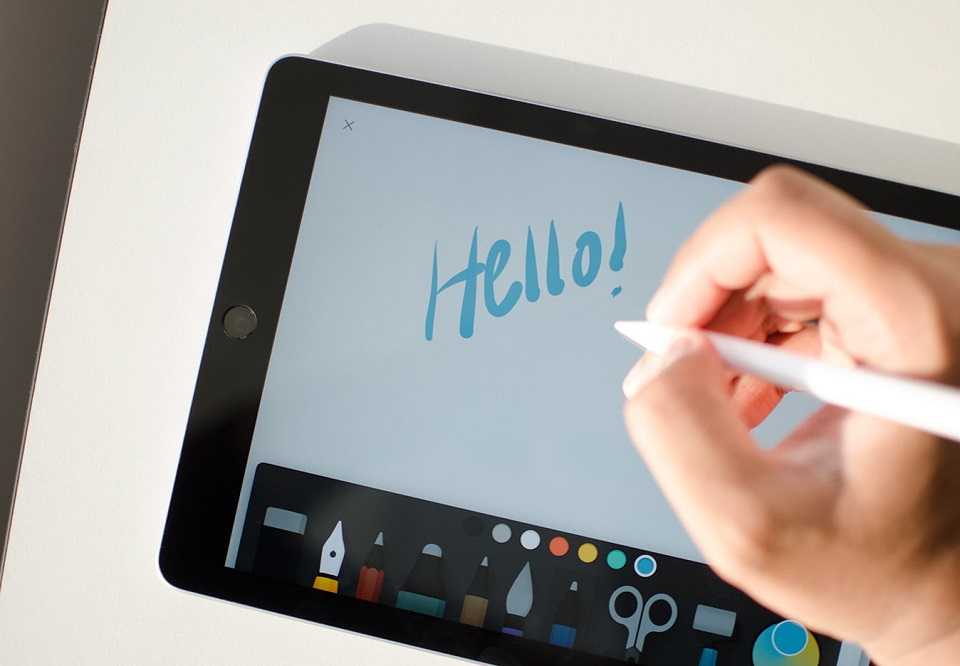 differences between graphic design tablets and regular tablets
